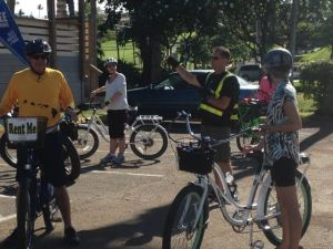 MBL's Lee Chamberlain explains the route at the West Maui Bike Ride held on May 17.